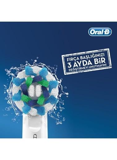 Pro 750 Şarj Edilebilir Diş Fırçası Cross Action-Oral-B